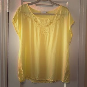 Forever 21 Yellow Floral Blouse